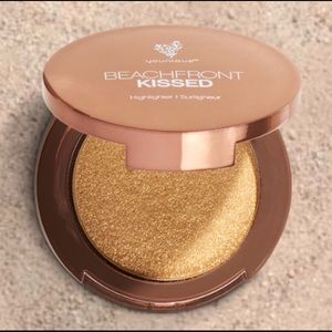 Younique Beachfront Highlighter